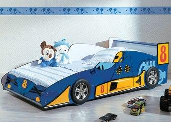 Кровать-машина для ребенка