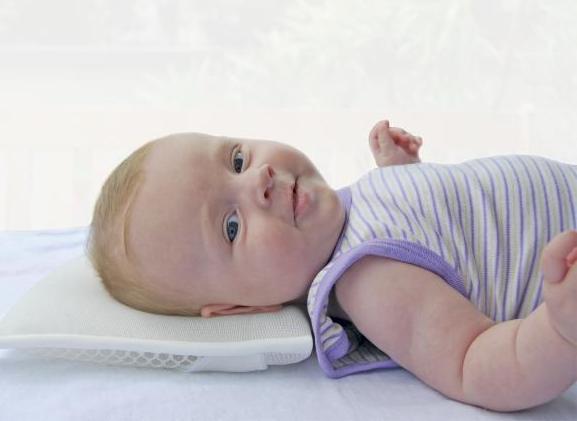 Как выбрать подушку для малыша