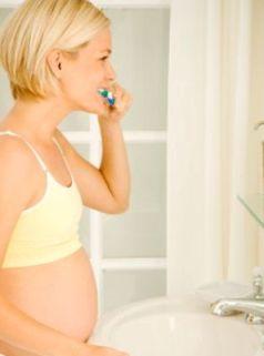 Проблемы зубов во время беременности