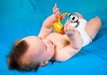 Первые игрушки ребенка
