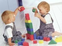 Какие игрушки покупать ребенку 3 лет