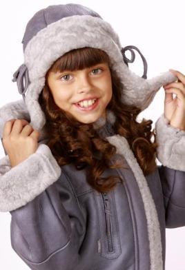 Хорошая зимняя шапка для ребенка