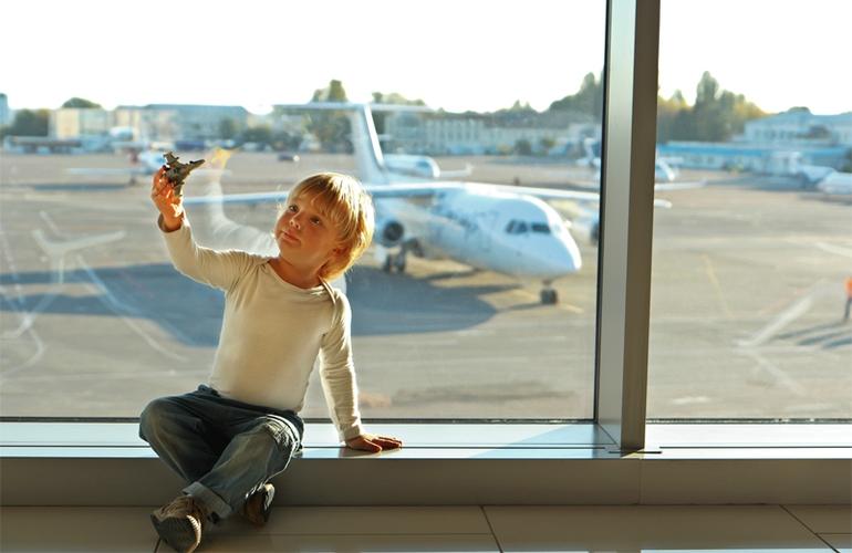 Подготовка к перелету с ребенком.