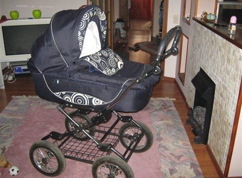 Купить бу коляску. Где найти дешевую коляску.