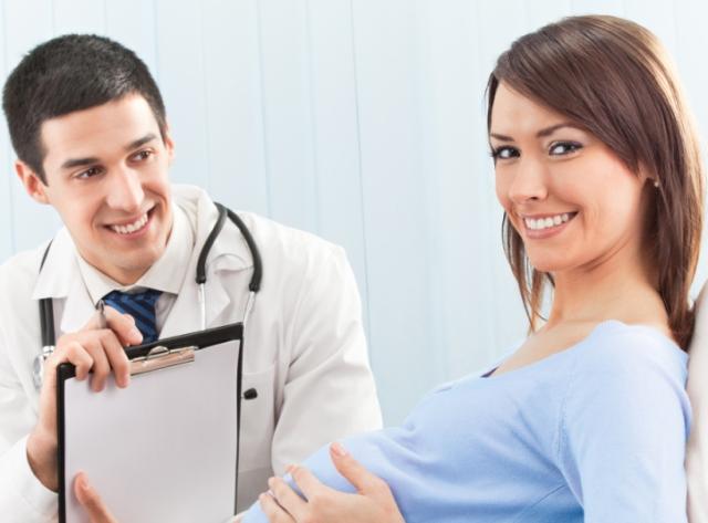 Какие анализы сдают во время беременности