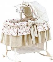 Готовим кроватку для новорожденного