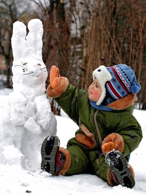 Как развлечь детей зимой