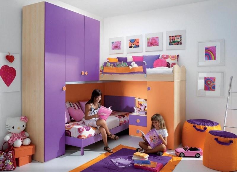 Современная мебель позволяет грамотно организовать пространство детской.