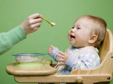 Введение прикорма в рацион ребенка