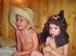 Теплая сауна нравится многим детям
