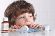 Если ребенок отравился лекарствами. Советы и рекомендации.