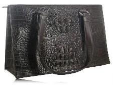 Чем хороши женские сумки из натуральной кожи