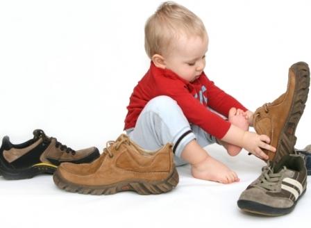 Как правильно покупать детскую обувь