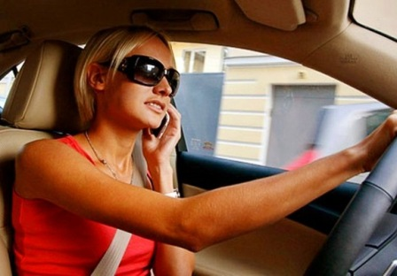Современная женщина и автомобиль