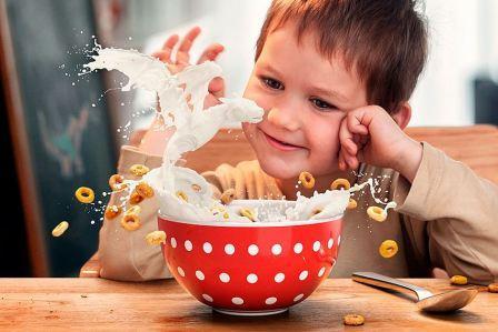Правильный завтрак для ребенка.