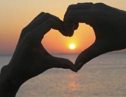 Как показать окружающим свою любовь