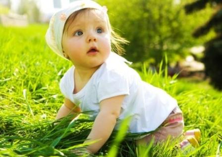 Во что одевать малыша когда жарко