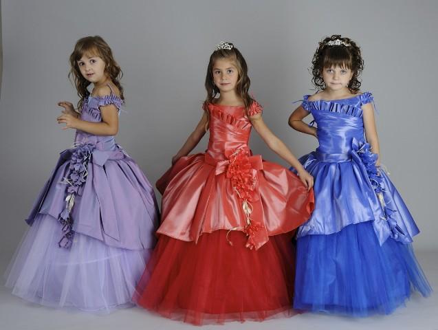 Красивые платья в интернет-магазинах.