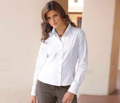 Как выбрать фасон блузки в зависимости от типа фигуры
