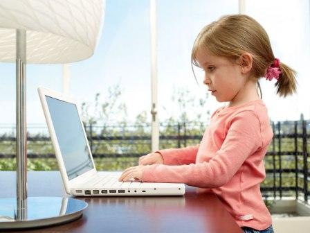 Во что играют маленькие дети на компьютере