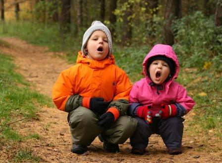 Осенний лес - место для фотосессии с ребенком