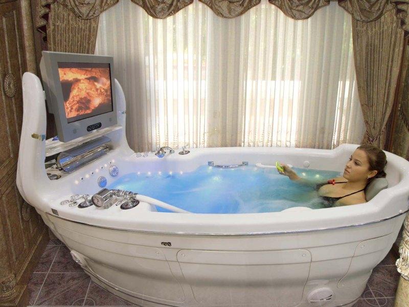 Зачем нужна гидромассажная ванна