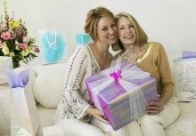 Что выбрать в подарок маме?