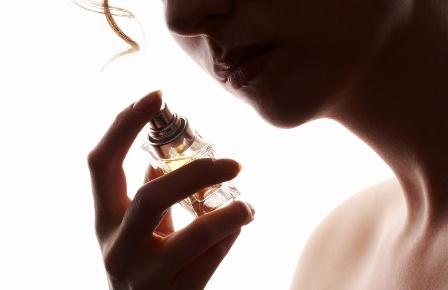 Можно ли покупать парфюмерию в интернете?