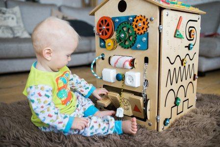 Современные игрушки могут быть очень интересными!