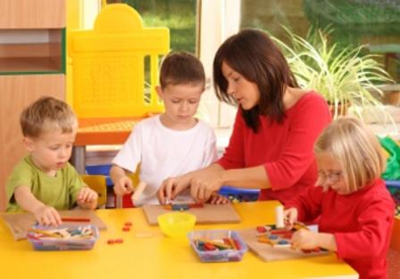 В каком возрасте отдавать ребенка в детсад