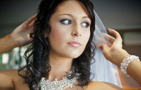 Как создать невесте незабываемый образ?