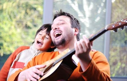 Поем песню вместе с ребенком