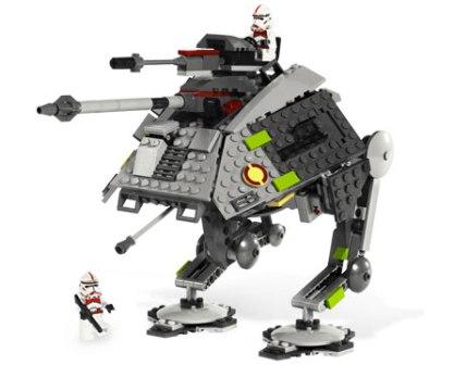 Новинки в магазине игрушек. Lego Star Wars.