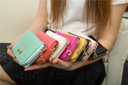 Женский кошелек - аксессуар, который всегда будет оставаться в моде.