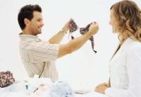 Как выбрать нижнее белье в подарок женщине