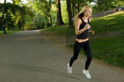 Спортивный бег днем