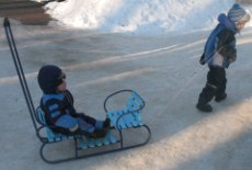 Выбираем транспорт для ребенка на зиму