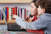 Что делать двум мальчишкам за компьютером?