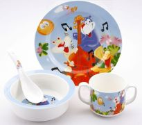 Детский праздник: выбираем посуду