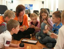 Чем занимается психолог в школе?