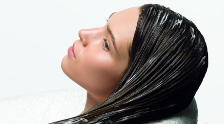 Маска из яиц придаст волосам блеск