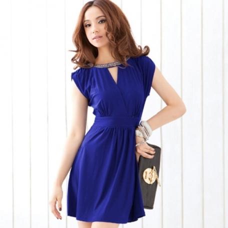 Платье синего цвета для молодой и дерзкой
