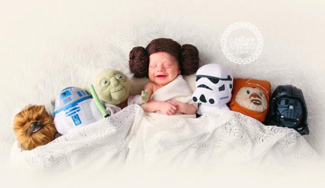 Необычные и веселые фото с новорожденными