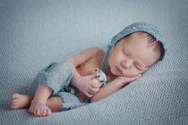 Как фотографировать новорожденного? Советы и примеры.