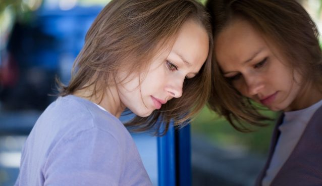 Почему меняется настроение у женщин без причины