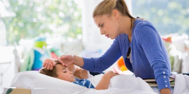 Почему температуру у ребенка не рекомендуют сбивать?