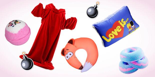 На фото несколько вариантов подарков для подруги