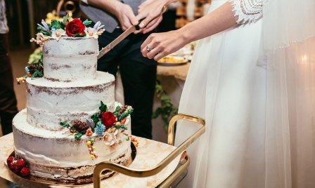 Правила выбора и изготовления свадебного торта