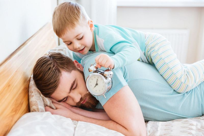Организовав режим ребенка можно спать дольше